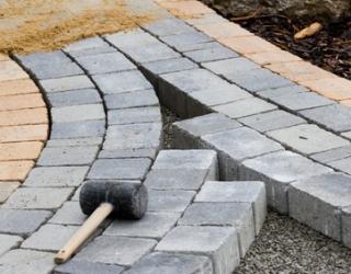Betonová dlažby, obrubníky, zahradní architektura